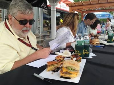 b2ap3_thumbnail_Judges-burgers-Best-in-Backyards-Bull-Burger-Battle-Mahopac-NY