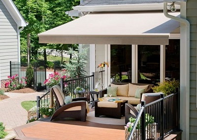 Buying A Retractable Awning What You Need To Know
