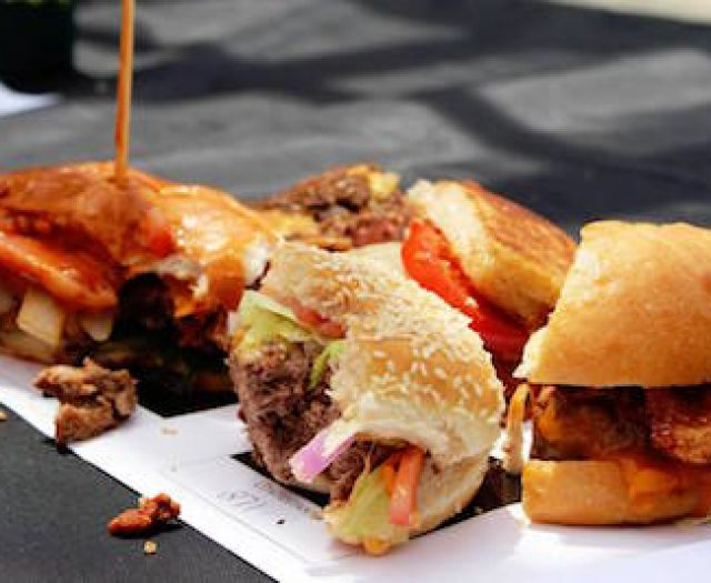 Competitors, Judges Chosen for 2016 NY Bull Burger Battle