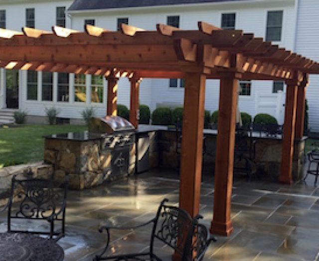 Patio Designs Part 4: Ten Facts About Outdoor Kitchen Islands