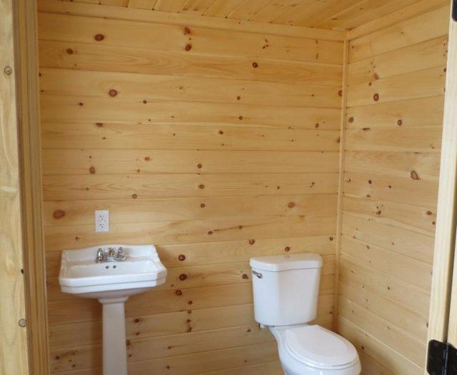 heritage pool house bathroom
