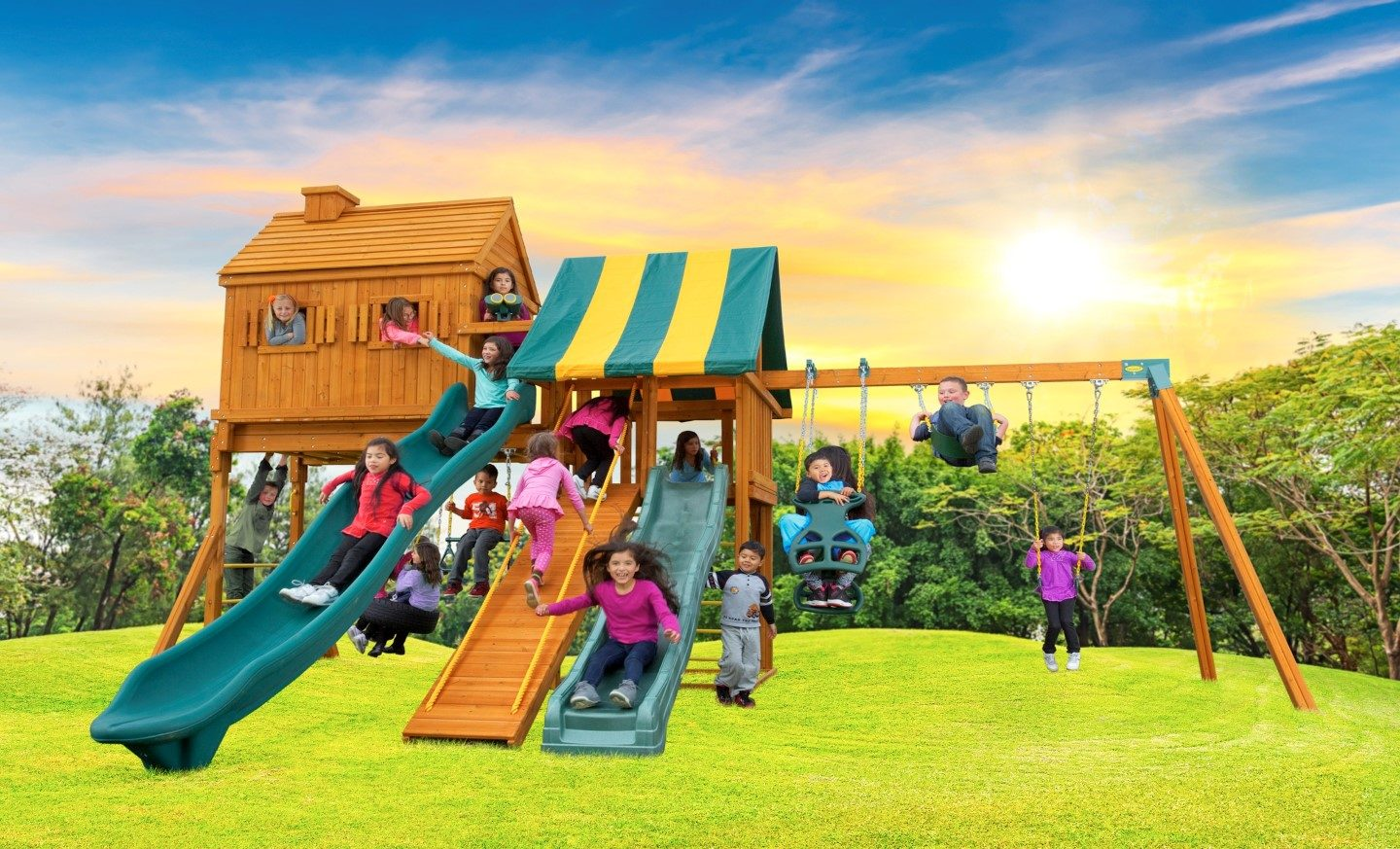 Fantasy Tree House Large Outdoor Jungle Gym E