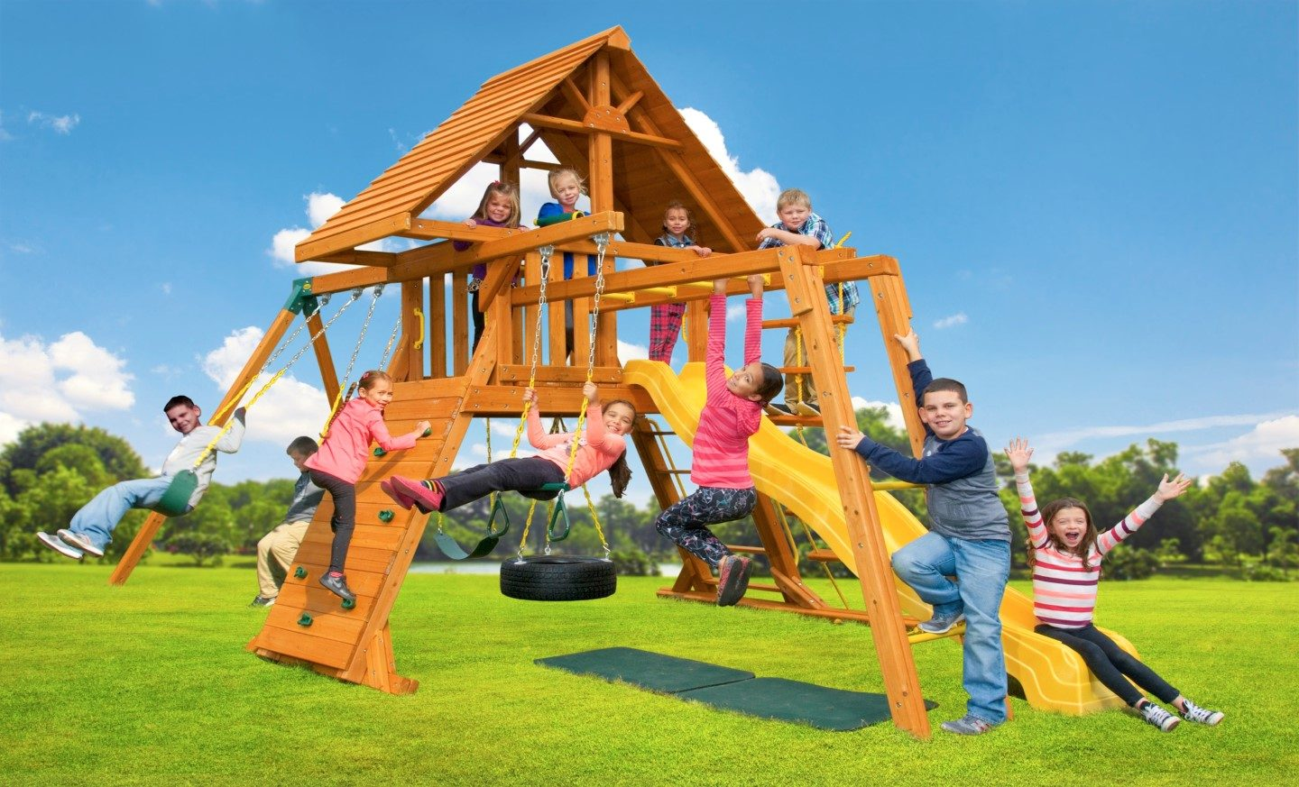 wooden kids swingsets for sale in new york