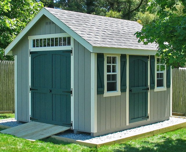 Wood Basic Shed with Double Doors Transom Windows and Ramp