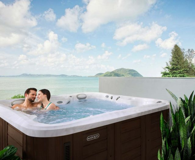 Epic-Hot-Tub-with-Couple-Relaxing