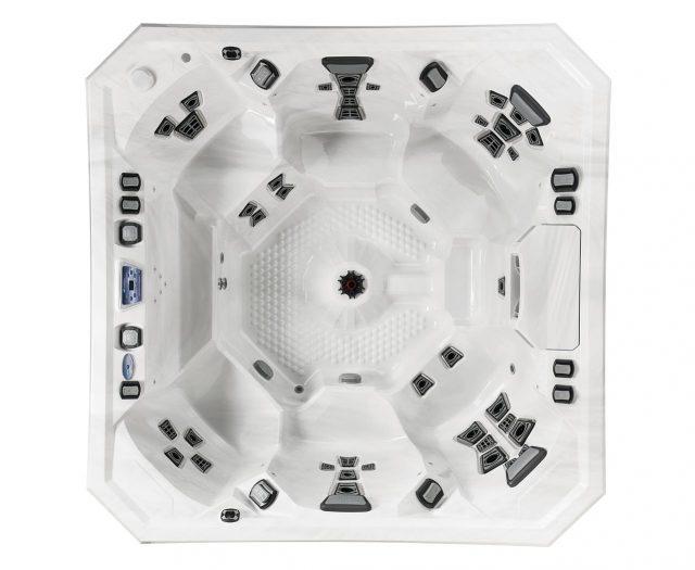 V94 Hot Tub