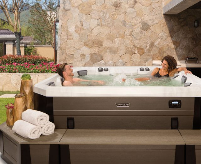 Vector 21 Hot Tubs