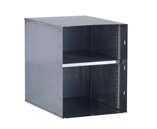 Single Vertical Door Pantry Insert