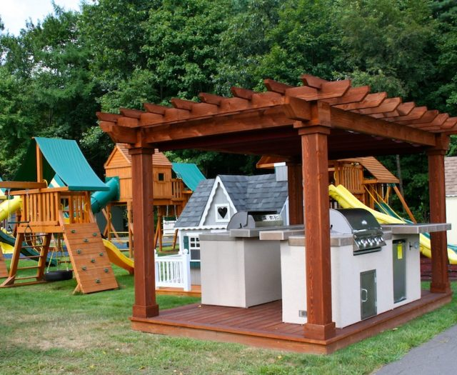 Pergolas, Pavilions and Outdoor Kitchens in Cheshire CT