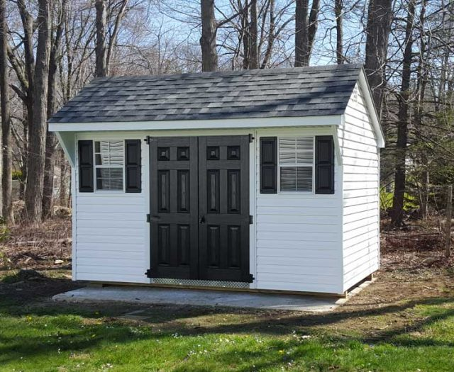 backyard-quaker-in-white-vinyl-with-black-fiberglass-double-doors-cropped
