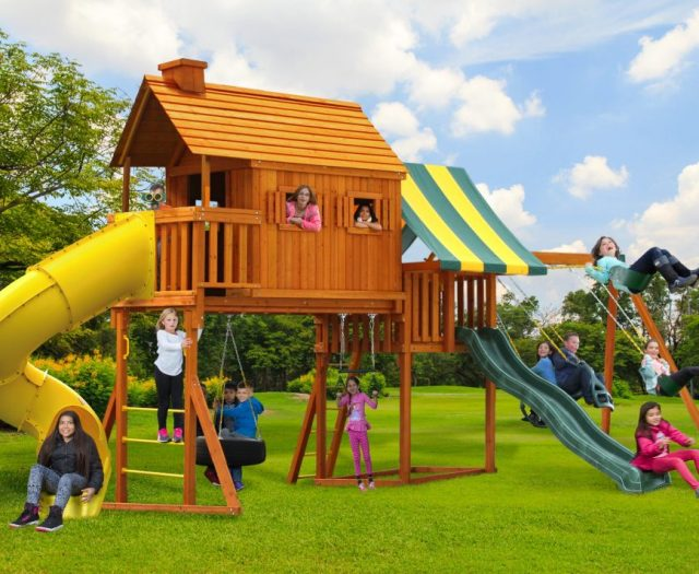 Fantasy Tree House Cabin with Spiral Slide