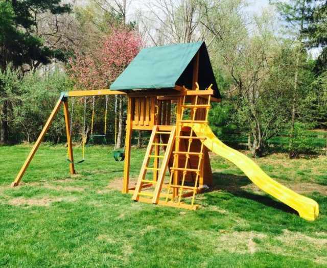 Dream Cedar Playset with Infant Swing