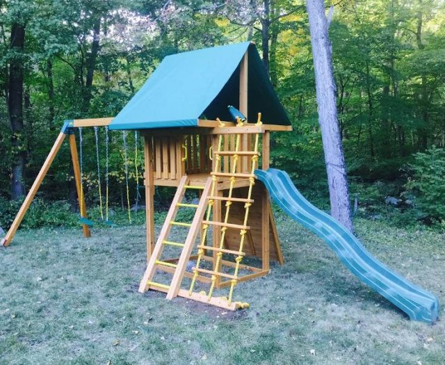 Dream Cedar Swing Set Delivered with Green Tent Top