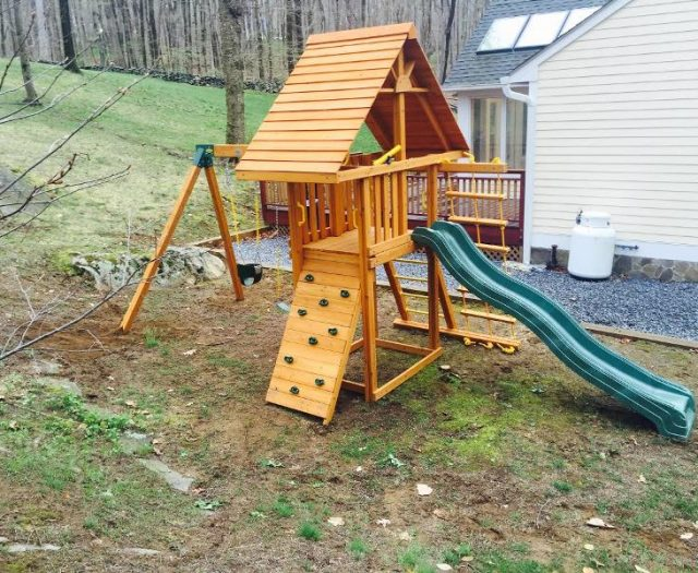 Dreamscape Outdoor Playset Delivered and Installed in small Backyard