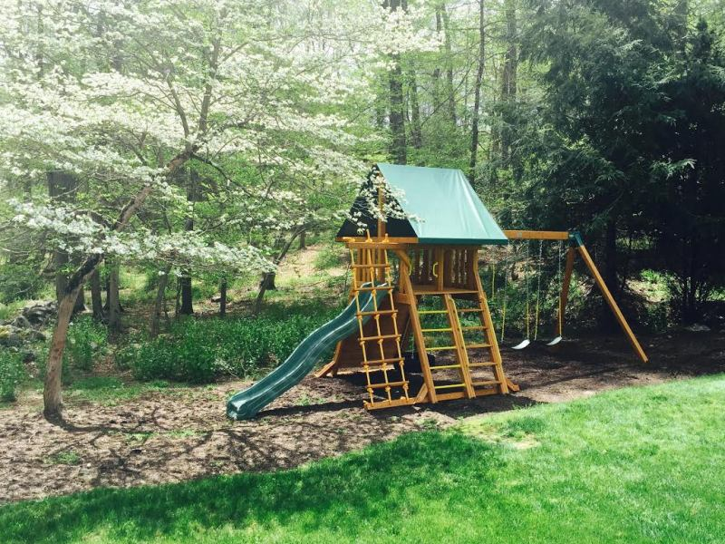 SUPREME WOODEN SWING SET   Backyard Swing Set   NY & CT
