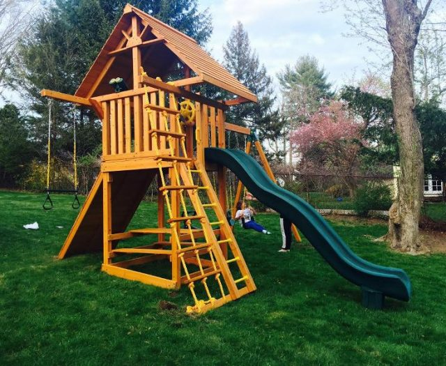 Ultimate Backyard Playset with Wood roof and Picnic table