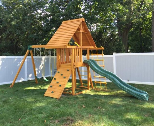 Dreamscape Jungle GYm with Cedar Wood Roof