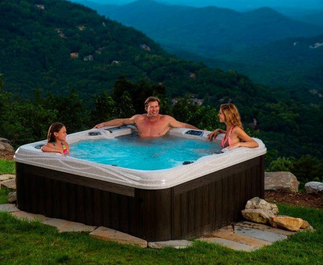 Captiva Hot Tub