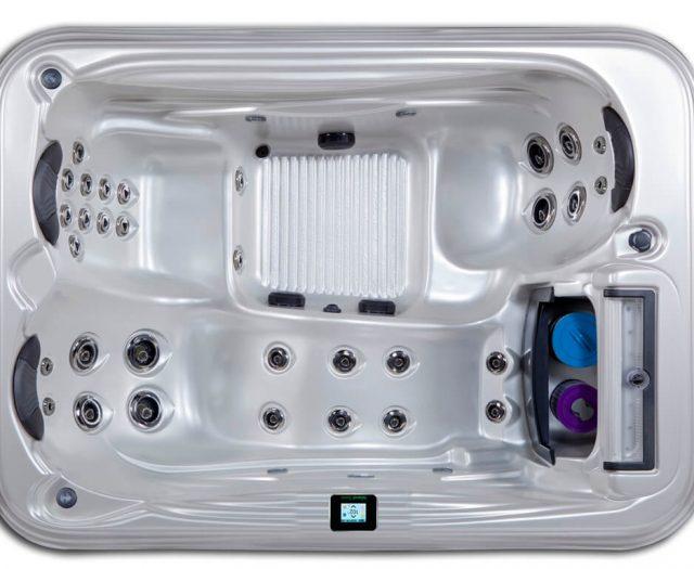 Santiago Hot Tub