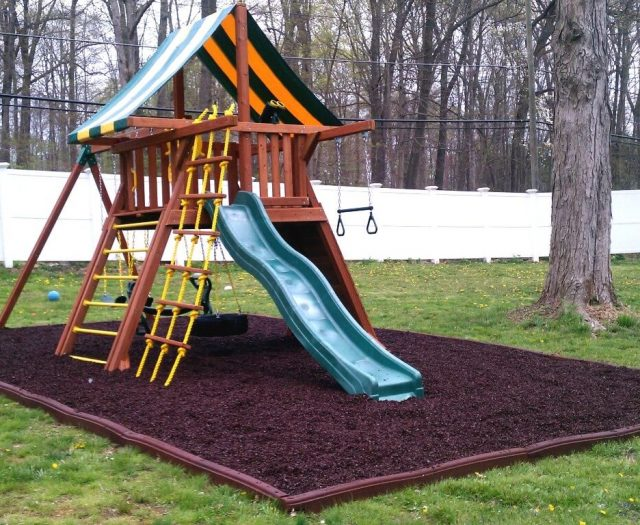 Supreme Jungle Gym with Brown Rubber Mulch
