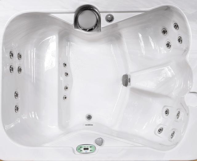 519P Hot Tub