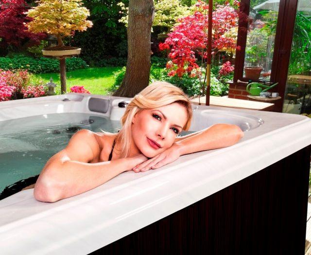 Hydrangea Hot Tub