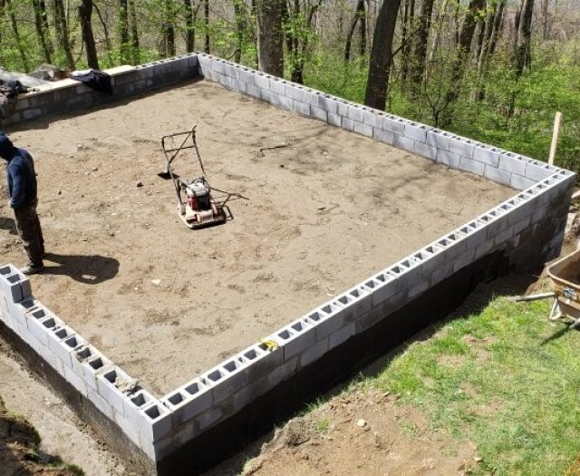 building walls for concrete pad
