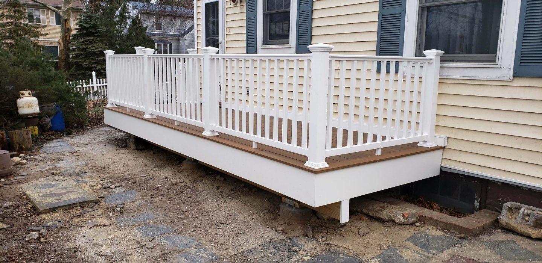 Deck Railings Vinyl Composite Amp Aluminum Deck Railing