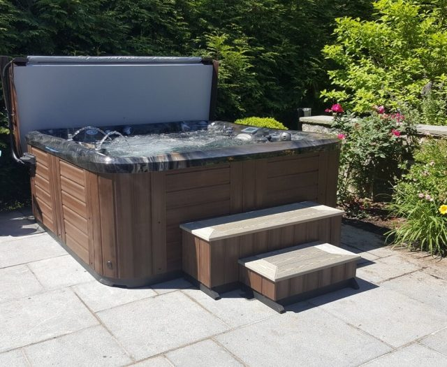 Marquis Signature Series Euphoria Hot Tub on Patio