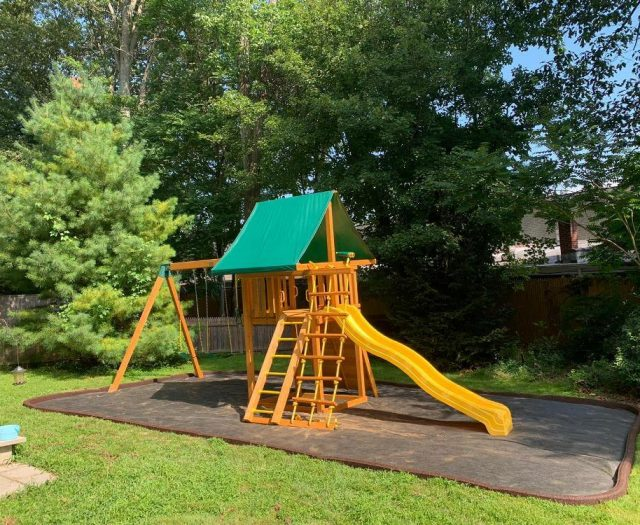 Dream Eastern Junlge Gym Swing Set with mulch