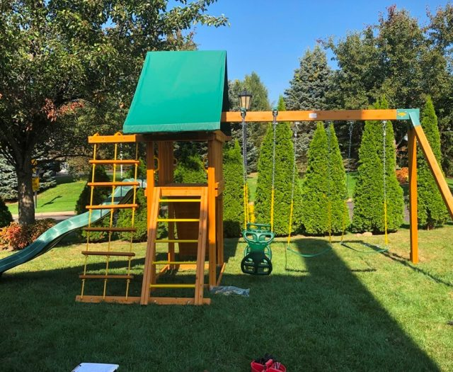Dreamscape Eastern jungle gym swing set