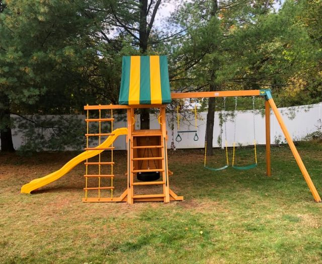 Supremescape Eastern Jungle Gym Swing Set With stripped canopy