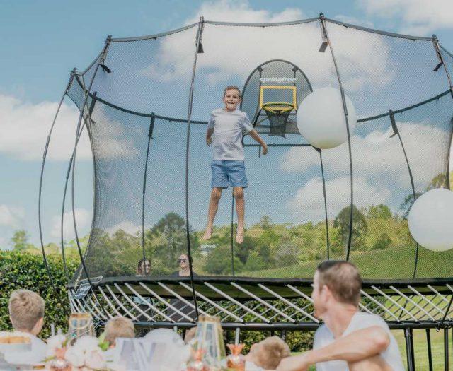 Springfree 8′ x 11′ Oval Trampoline