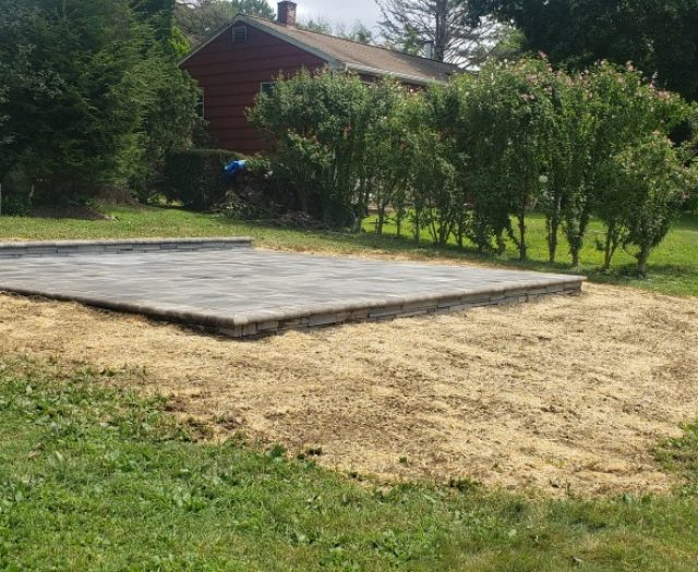 6x12 Patio with Full nose coping in Granite City