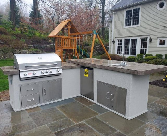 Bull Outdoor Kitchen Island with Sink