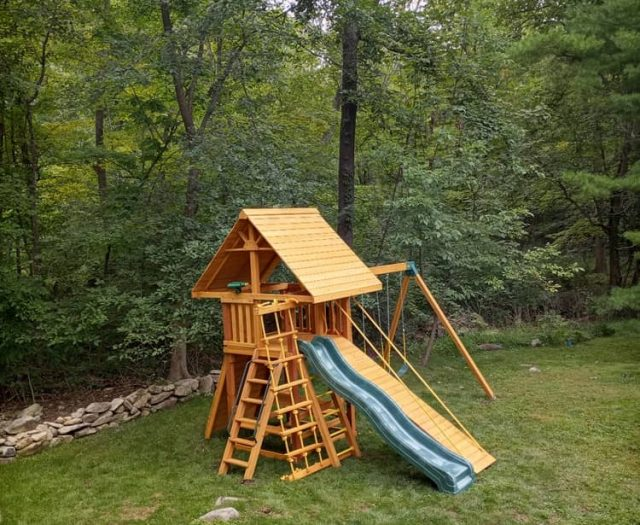 Dream Swing Set with Wooden Roof and Gang Plank