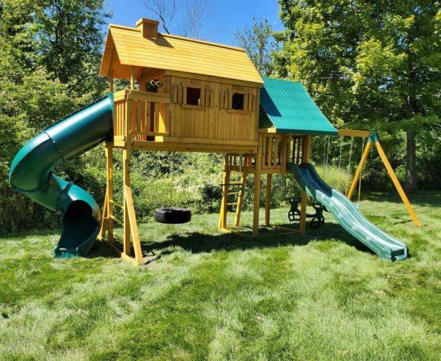 Fantasy Tree House Jungle Gym