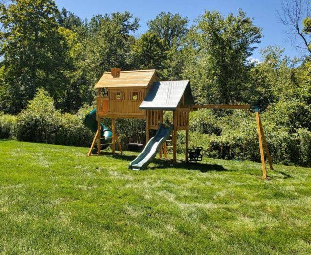 Fantasy Tree House Swing SetFantasy Tree House Swing Set