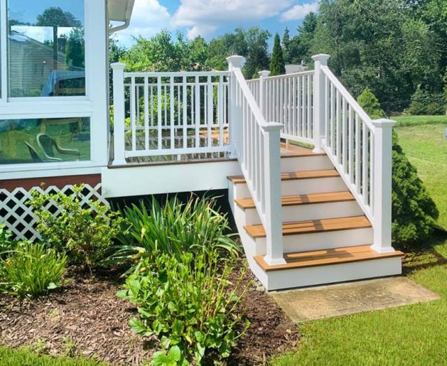 vinyl deck staircase with white railings