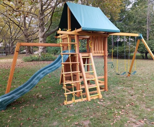Dream Swing Set with Jacob's Ladder, Monkey Bars, and Swing Arm