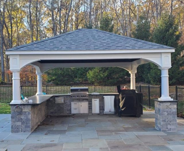Traditional Vinyl Pavilion with Custom Outdoor Kitchen
