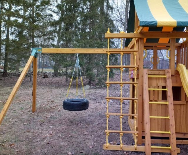 Dream Swing Set with Jacob's Ladder, Tire Swing, and Rung Ladder