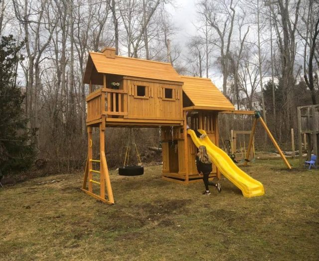 Fantasy Tree House Swing Set with Wave Slide, Tire Swing, and Jumbo Binoculars