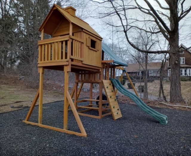 Sky Tree House Swing Set with Wave Slide, Rock Wall, and Picnic Table