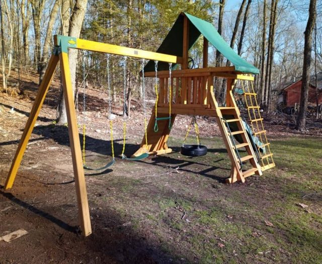 Supremescape Swing Set with Tire Swing, Easy 123 Bracket, and Ring Trapeze Bar