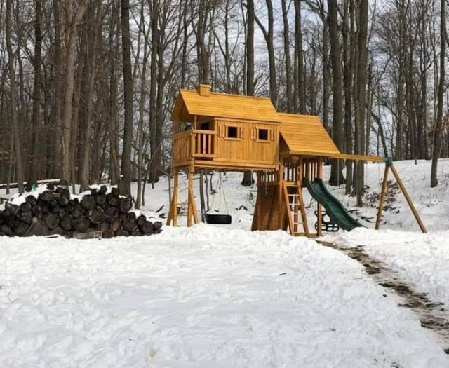 Fantasy Tree House with Tire Swing, Slide, and Cabin Snow InstallationFantasy Tree House with Tire Swing, Slide, and Cabin Snow Installation