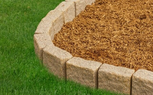 flexible plastic stone borders for outdoor mulch installation