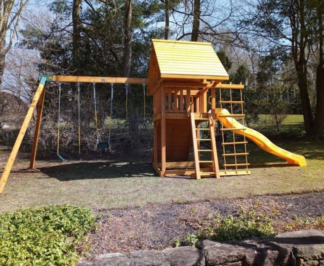 Dream Swing Set with Swing Arm, Wood Roof, and Jacob's Ladder