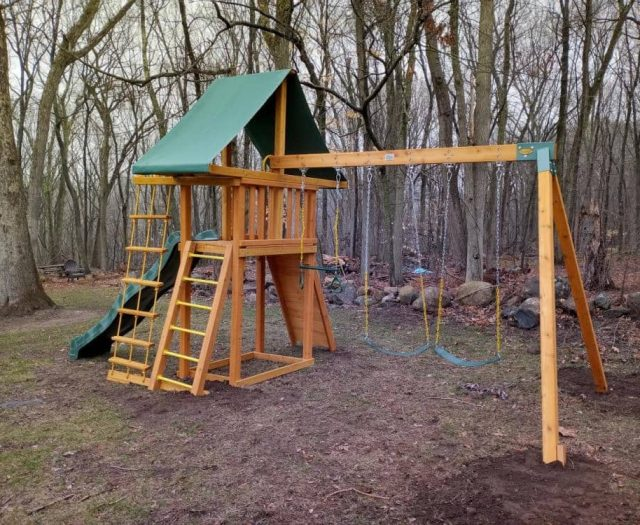 Dreamscape Swing Set with Jacob's Ladder, Swing Arm, and Rung Ladder