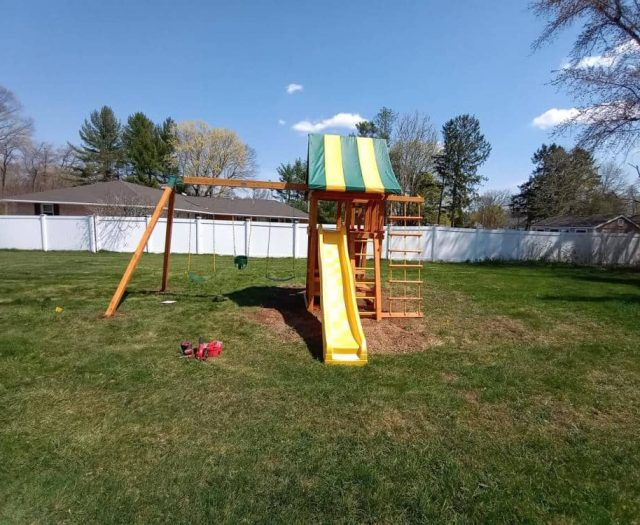 Dream Swing Set with Picnic Table, Green and Yellow Tent Top, and Full Bucket Swing